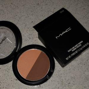 MAC sculpt & shade powder